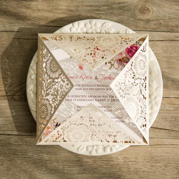 Einladungskarte blumen traumhafte einladungskarten zur - Hochzeitseinladungen mit spitze ...