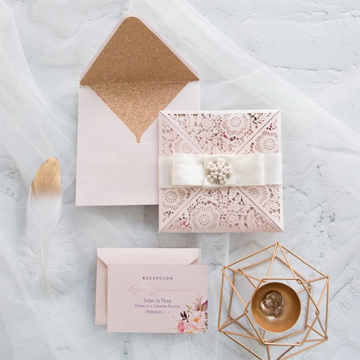 Elegant Rosa Glitzer Rosegold Einladungskarten Hochzeit Mit Brosche KPL362