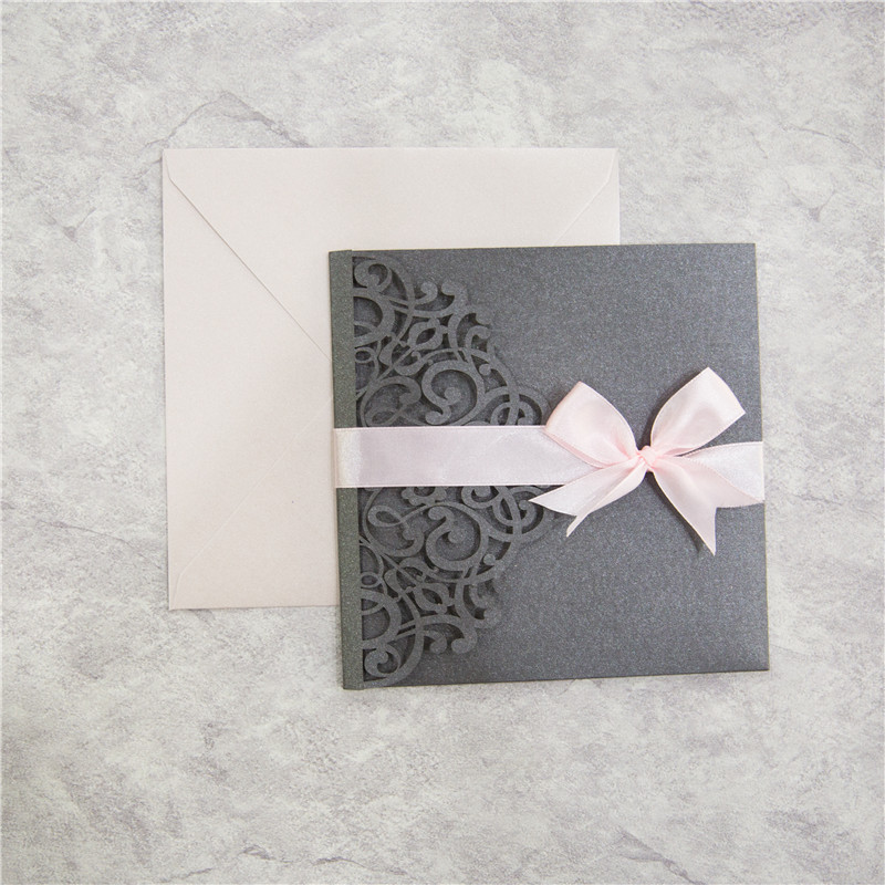 Elegante Graue Einladungen Pocket Mit Pinker Schleife Tpi030 Tpi030